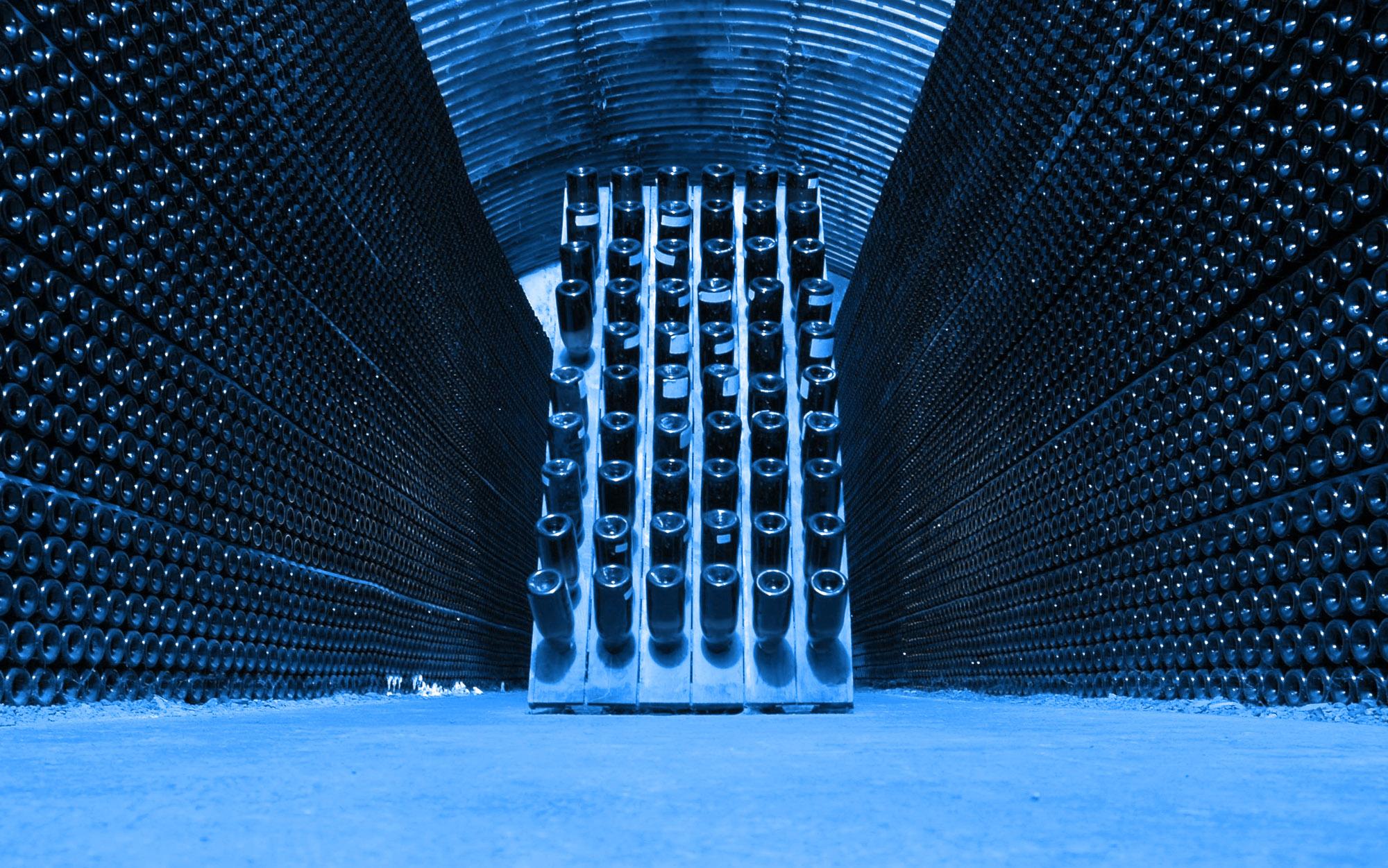 Swansfoot Wine Cellar Blue